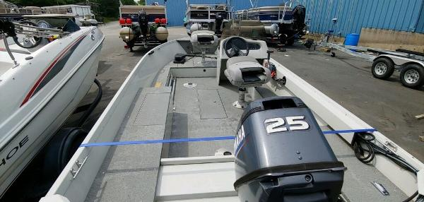 2008 Alumacraft boat for sale, model of the boat is 160 Fisherman CS & Image # 10 of 10