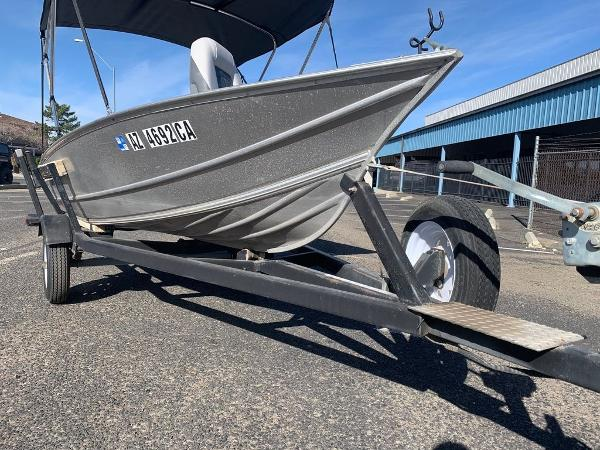 2004 Gregor boat for sale, model of the boat is 14' Deep Vee & Image # 23 of 24