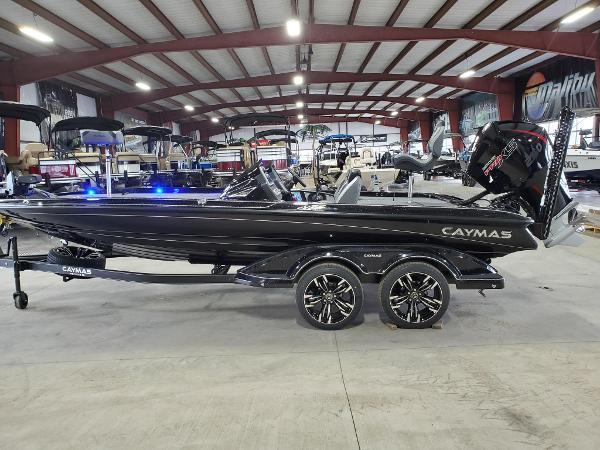 2021 Caymas CX21 Pro