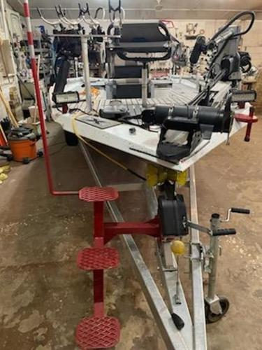 2020 Xpress boat for sale, model of the boat is H22B & Image # 3 of 15