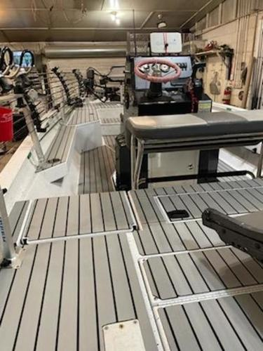 2020 Xpress boat for sale, model of the boat is H22B & Image # 8 of 15