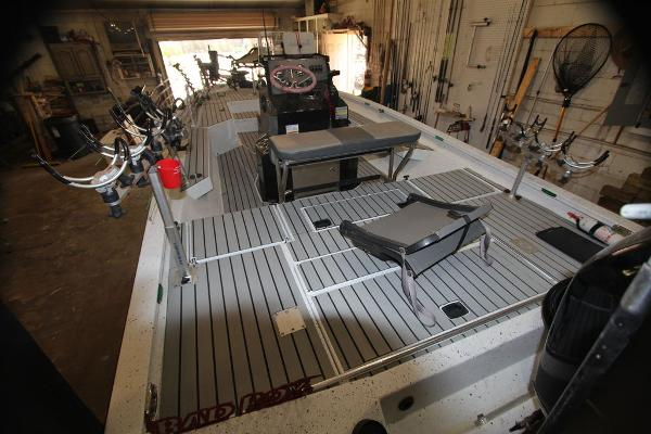 2020 Xpress boat for sale, model of the boat is H22B & Image # 10 of 15