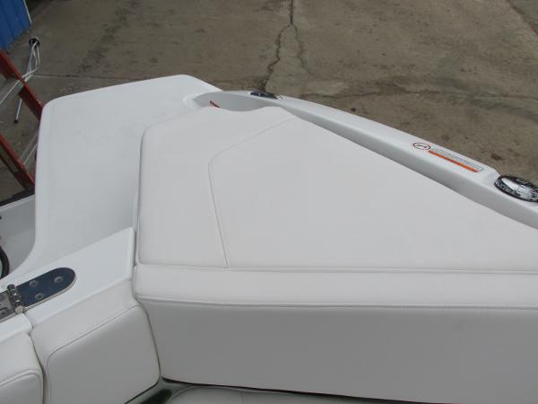 2021 Tahoe boat for sale, model of the boat is 210 S & Image # 12 of 44