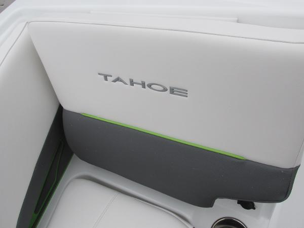 2021 Tahoe boat for sale, model of the boat is 210 S & Image # 22 of 44