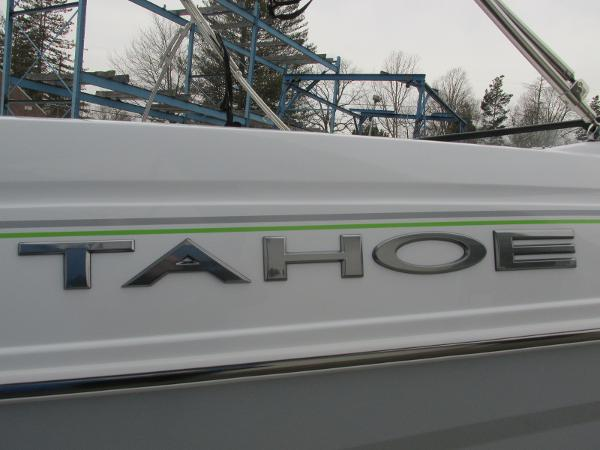 2021 Tahoe boat for sale, model of the boat is 210 S & Image # 4 of 44