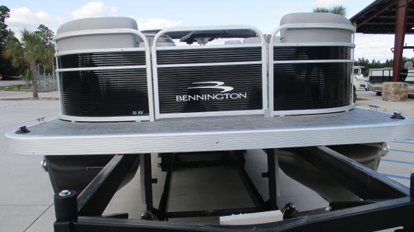 2021 Bennington boat for sale, model of the boat is 22 SVSR & Image # 7 of 48