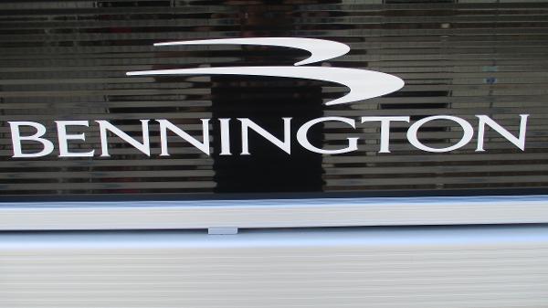 2021 Bennington boat for sale, model of the boat is 22 SVSR & Image # 46 of 48