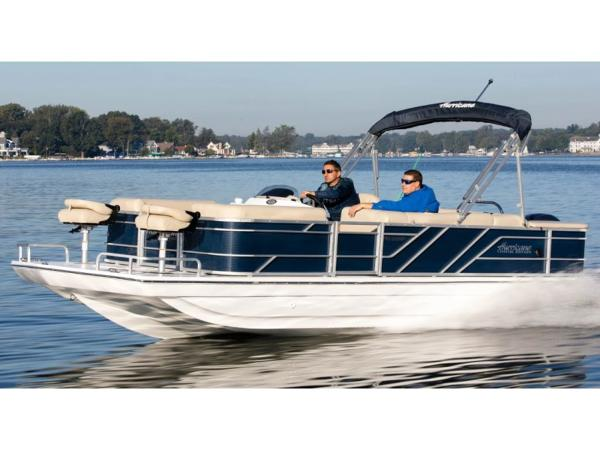 2021 Hurricane boat for sale, model of the boat is FunDeck 226F OB & Image # 1 of 1