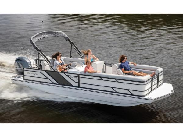 2021 Hurricane boat for sale, model of the boat is FunDeck 226 OB & Image # 1 of 1
