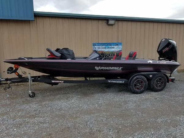 2021 Phoenix boat for sale, model of the boat is 721 ProXP & Image # 2 of 45
