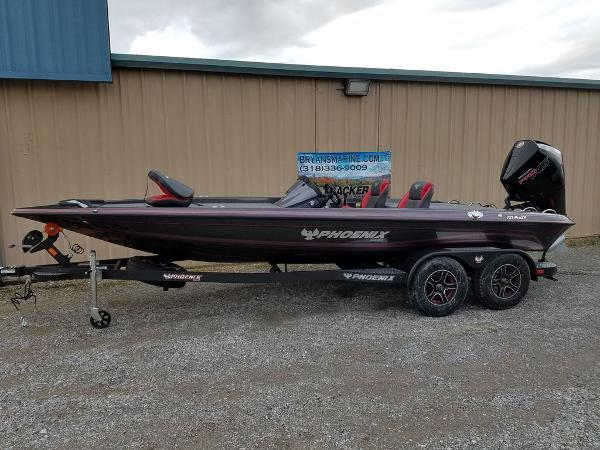 2021 Phoenix boat for sale, model of the boat is 721 ProXP & Image # 5 of 45