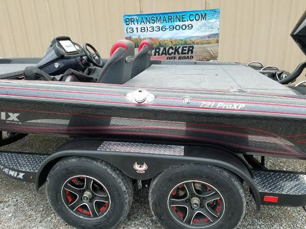 2021 Phoenix boat for sale, model of the boat is 721 ProXP & Image # 22 of 45