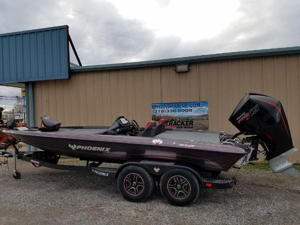 2021 Phoenix boat for sale, model of the boat is 721 ProXP & Image # 23 of 45