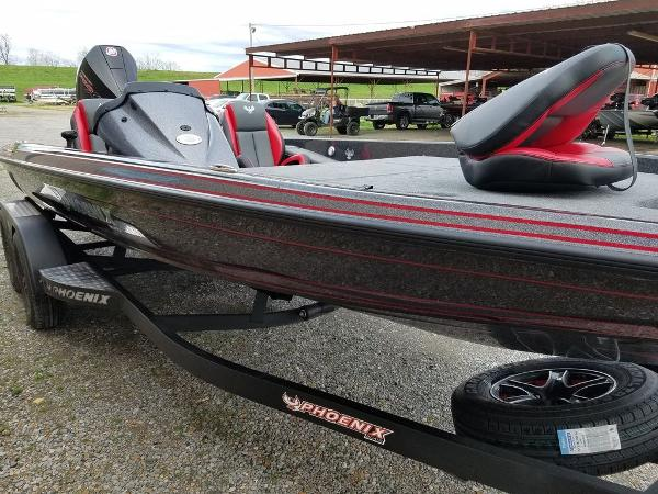 2021 Phoenix boat for sale, model of the boat is 721 ProXP & Image # 26 of 45