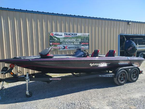 2021 Phoenix boat for sale, model of the boat is 721 ProXP & Image # 38 of 45