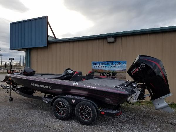 2021 Phoenix boat for sale, model of the boat is 721 ProXP & Image # 43 of 45