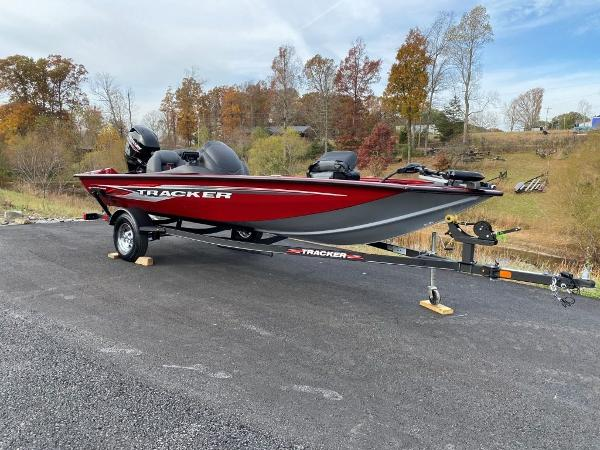 2021 Tracker Boats boat for sale, model of the boat is Pro Team 175 TXW® & Image # 4 of 25