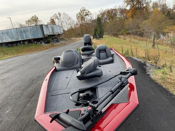 2021 Tracker Boats boat for sale, model of the boat is Pro Team 175 TXW® & Image # 20 of 25