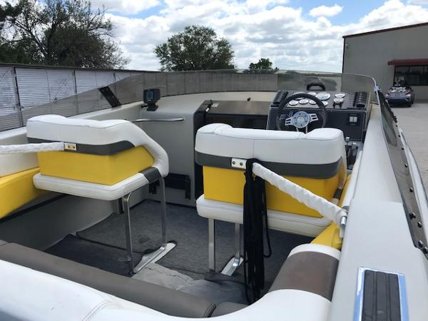 1990 Baja boat for sale, model of the boat is 250 & Image # 17 of 20