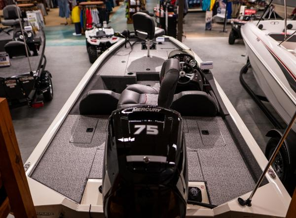 2022 Tracker Boats boat for sale, model of the boat is Pro Team 175 TXW & Image # 7 of 24
