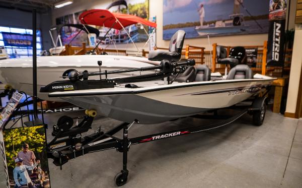 2022 Tracker Boats boat for sale, model of the boat is Pro Team 175 TXW & Image # 5 of 24