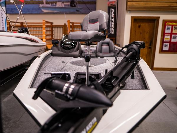 2022 Tracker Boats boat for sale, model of the boat is Pro Team 175 TXW & Image # 2 of 24