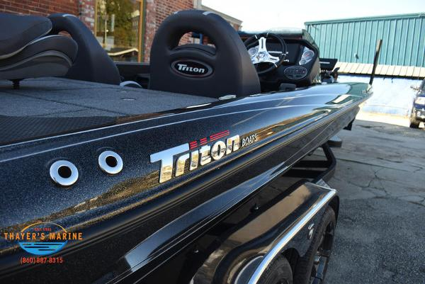 2020 Triton boat for sale, model of the boat is 21 TRX & Image # 2 of 40