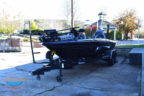 2020 Triton boat for sale, model of the boat is 21 TRX & Image # 11 of 40