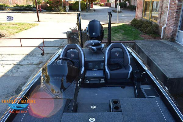 2020 Triton boat for sale, model of the boat is 21 TRX & Image # 33 of 40