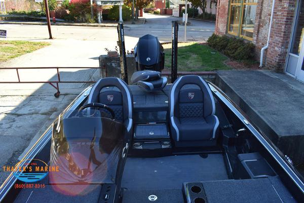2020 Triton boat for sale, model of the boat is 21 TRX & Image # 34 of 40