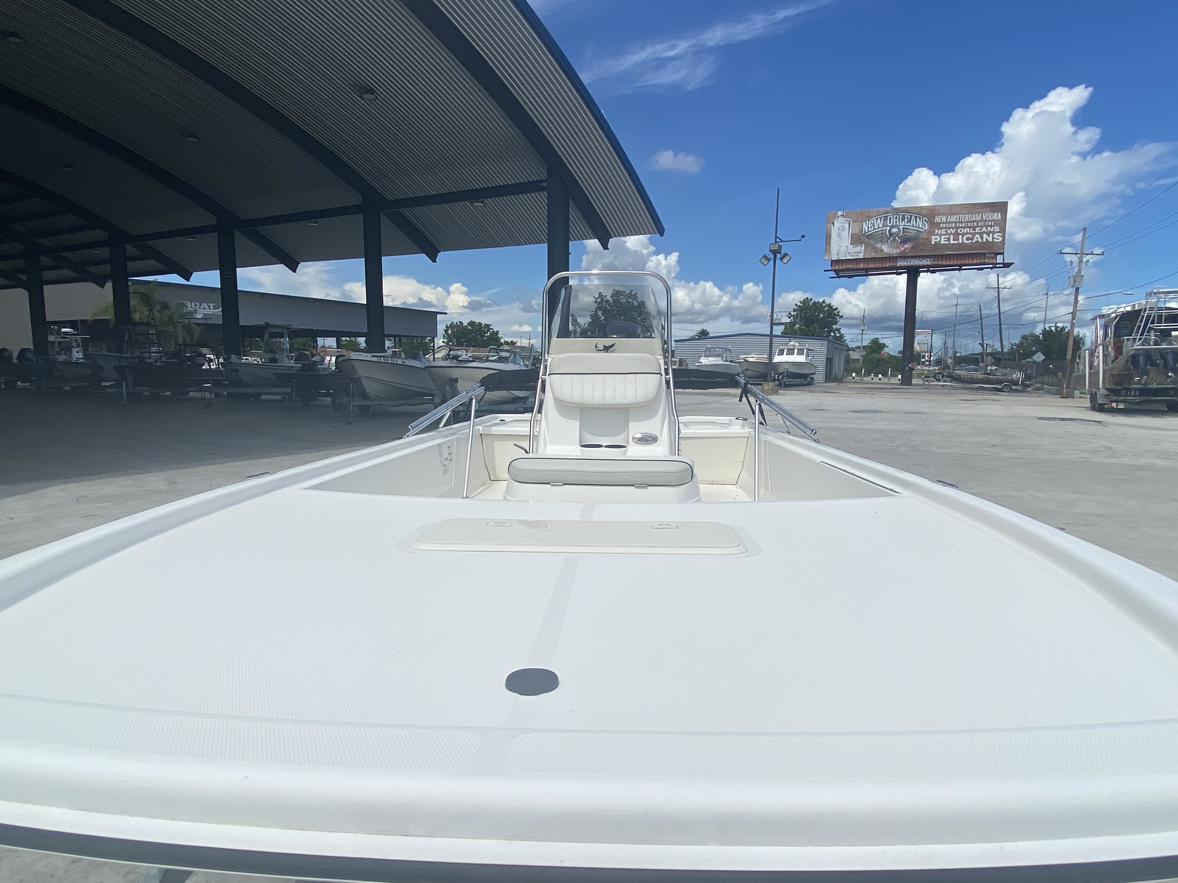 2017 Mako boat for sale, model of the boat is Pro Skiff 19 CC & Image # 5 of 13