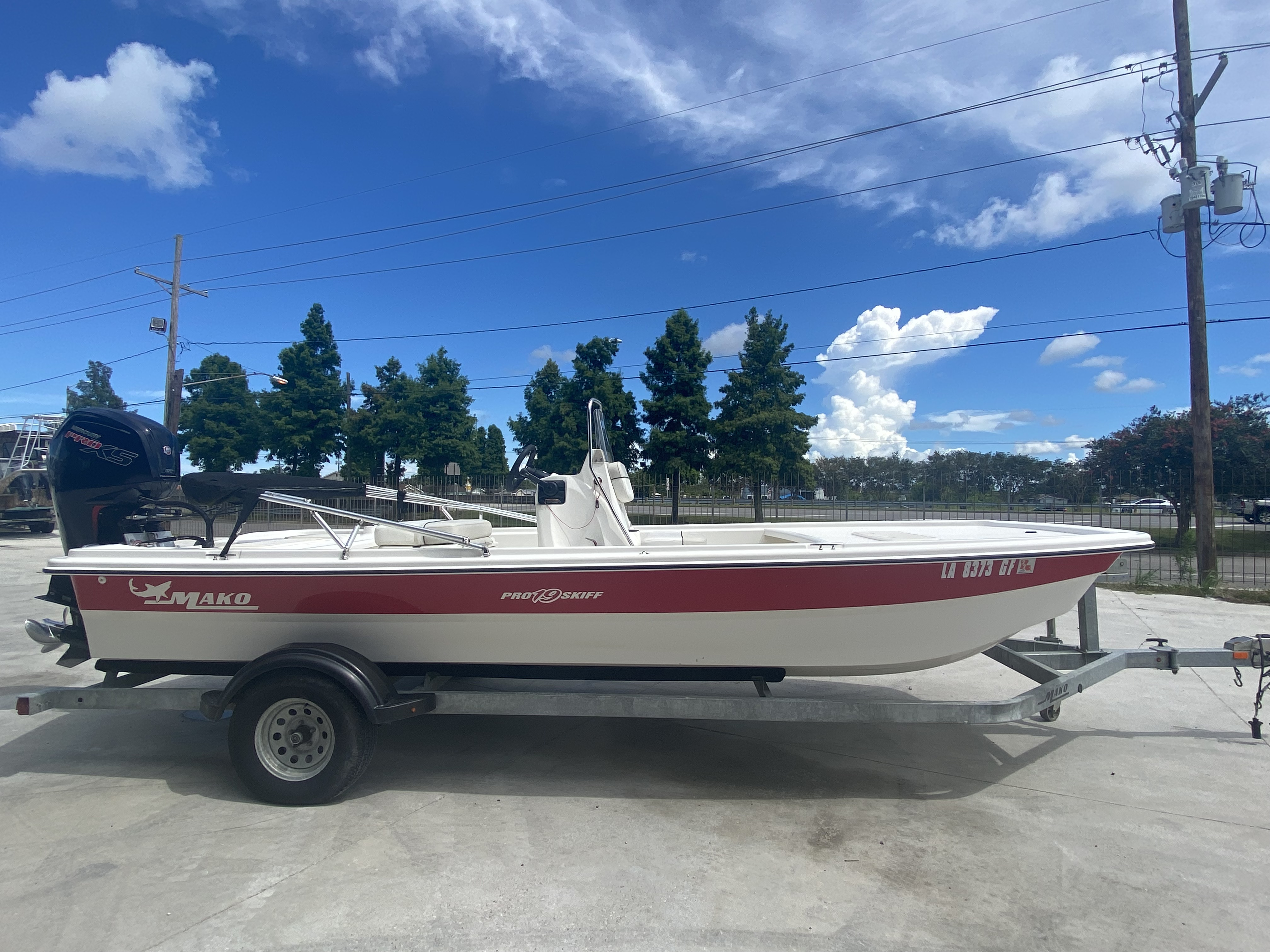 2017 Mako boat for sale, model of the boat is Pro Skiff 19 CC & Image # 7 of 13