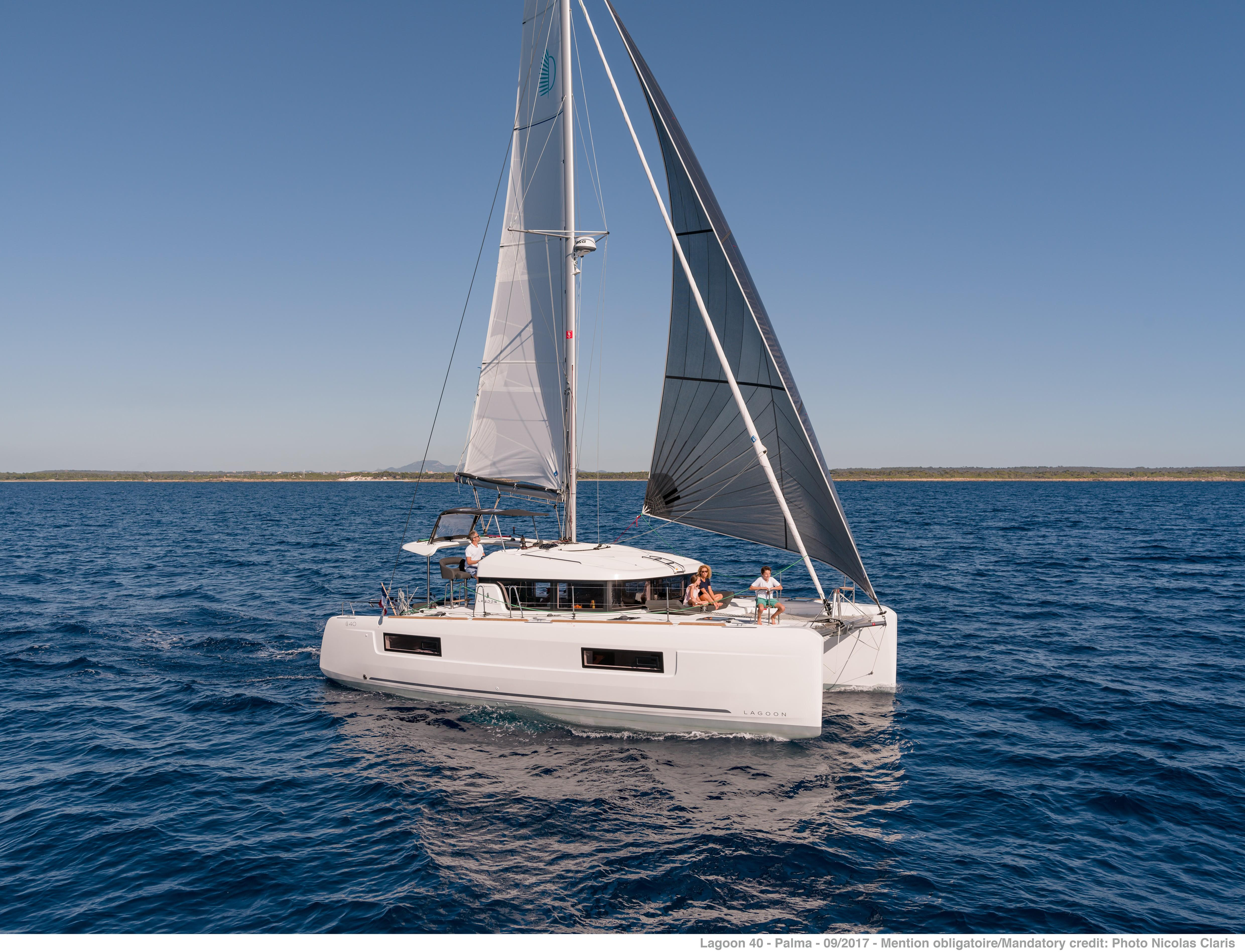 Manufacturer Provided Image: Lagoon 40