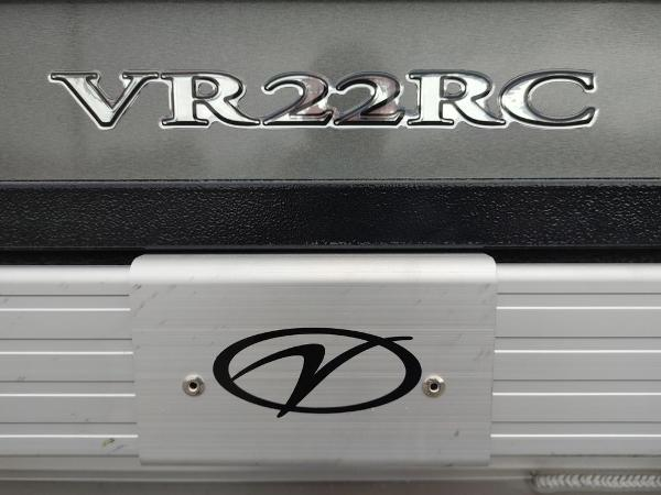 2021 Veranda boat for sale, model of the boat is VR22RC Package Tri-Toon & Image # 2 of 30