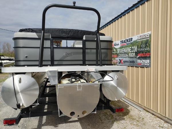 2021 Veranda boat for sale, model of the boat is VR22RC Package Tri-Toon & Image # 14 of 30