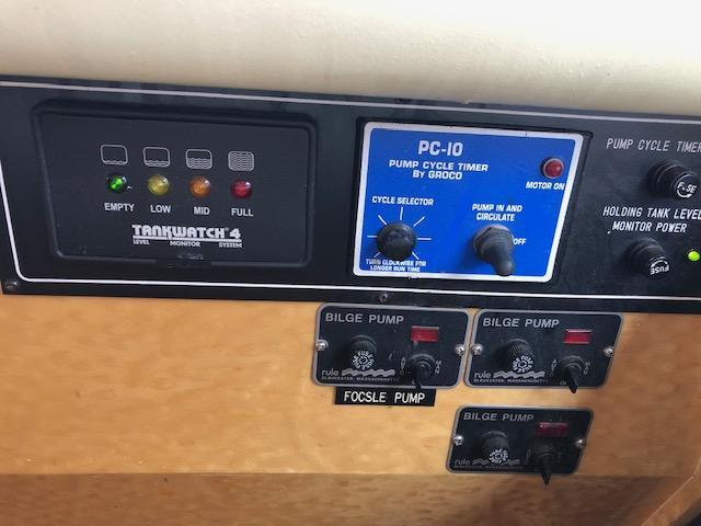 Johnson 50 Motor Yacht