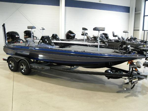2021 Skeeter boat for sale, model of the boat is ZXR 21 & Image # 1 of 26