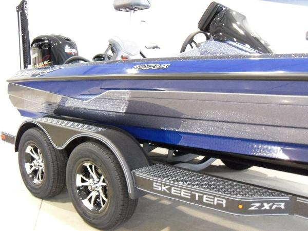 2021 Skeeter boat for sale, model of the boat is ZXR 21 & Image # 6 of 26