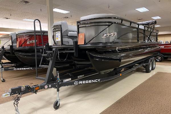 2021 Regency boat for sale, model of the boat is 250 DL3 & Image # 1 of 12