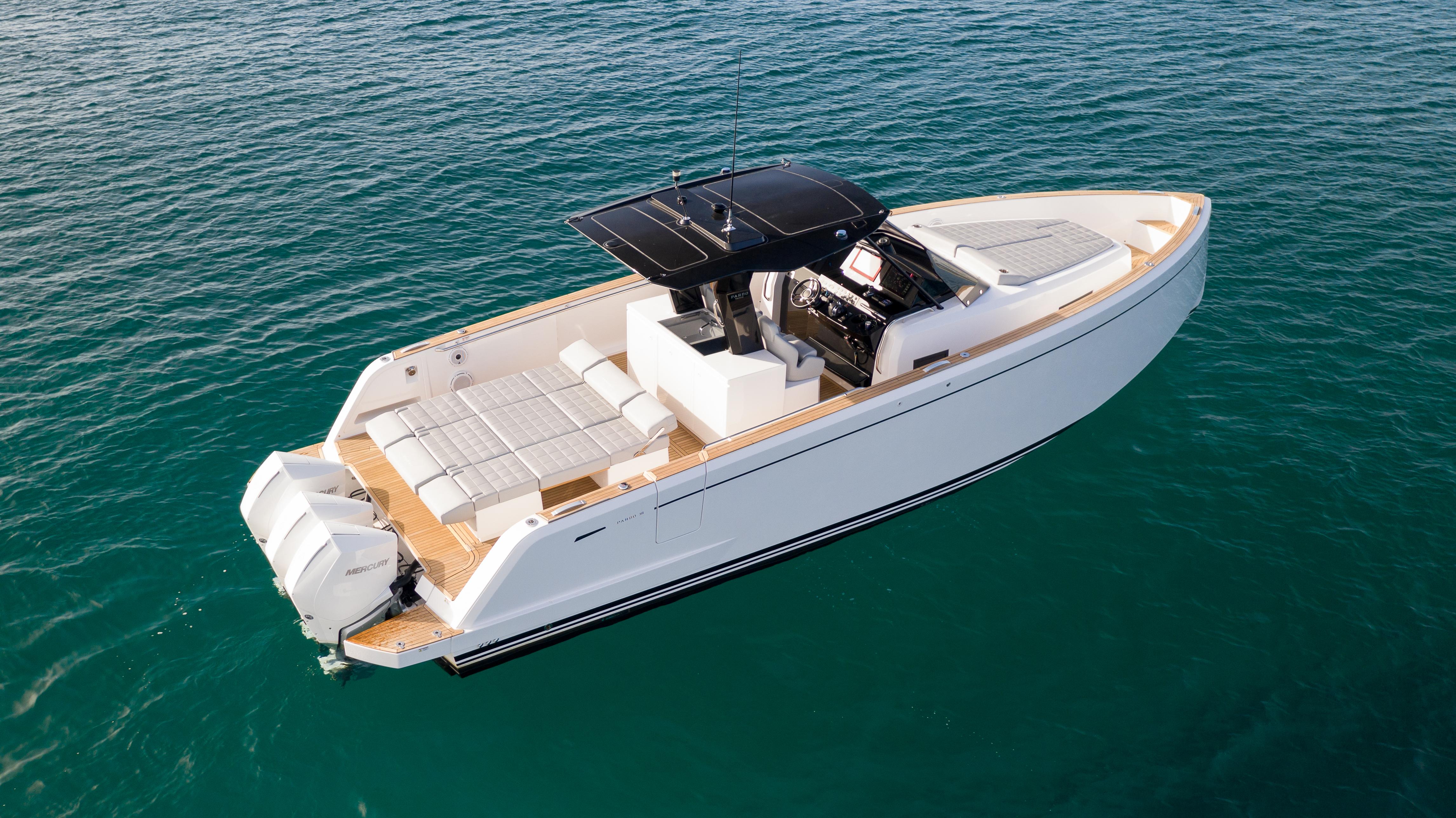 2022 Pardo 38 Outboard