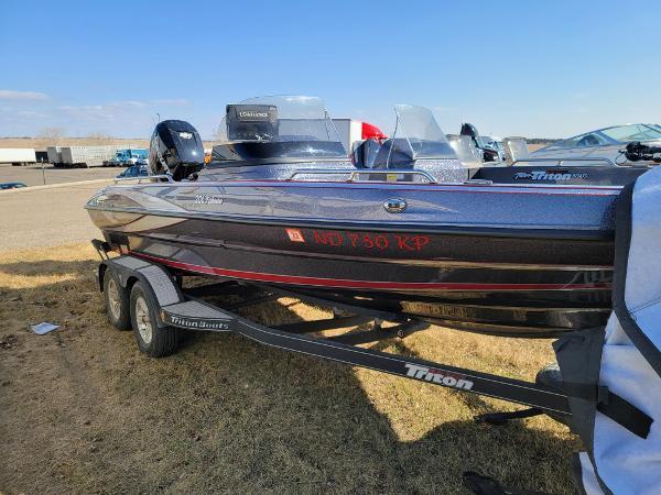 2018 TRITON 206 FISHHUNTER for sale