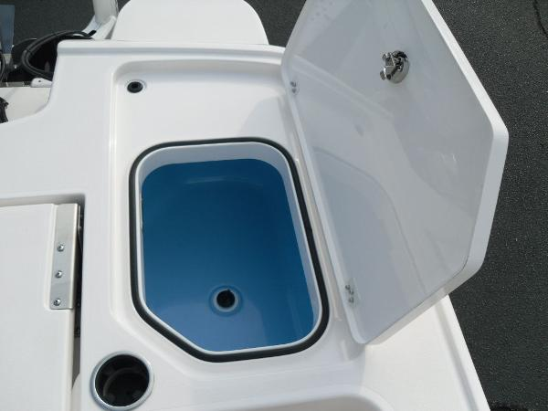 2020 Caymas boat for sale, model of the boat is 26 HB & Image # 21 of 37