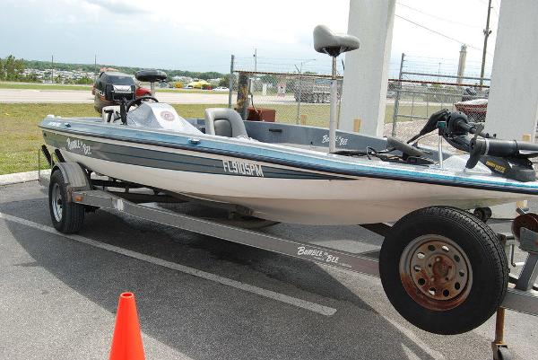 1998 Bumble Bee boat for sale, model of the boat is 180 Pro Vee & Image # 3 of 10