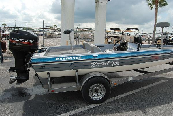 1998 Bumble Bee boat for sale, model of the boat is 180 Pro Vee & Image # 5 of 10