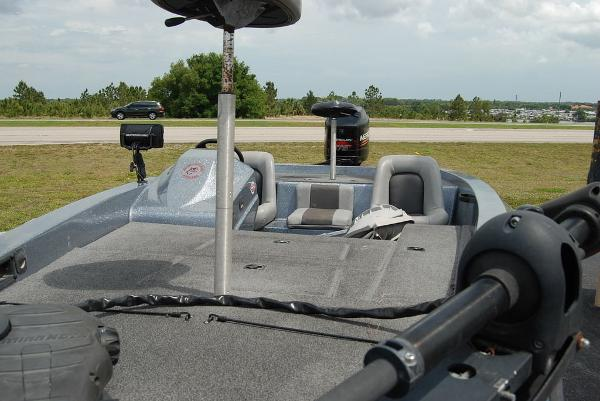 1998 Bumble Bee boat for sale, model of the boat is 180 Pro Vee & Image # 6 of 10