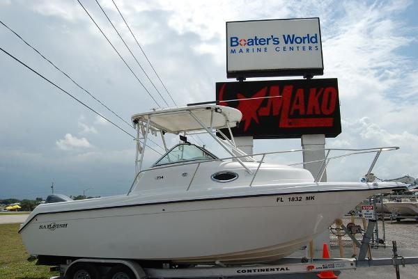 2004 Sailfish boat for sale, model of the boat is 234 & Image # 1 of 14