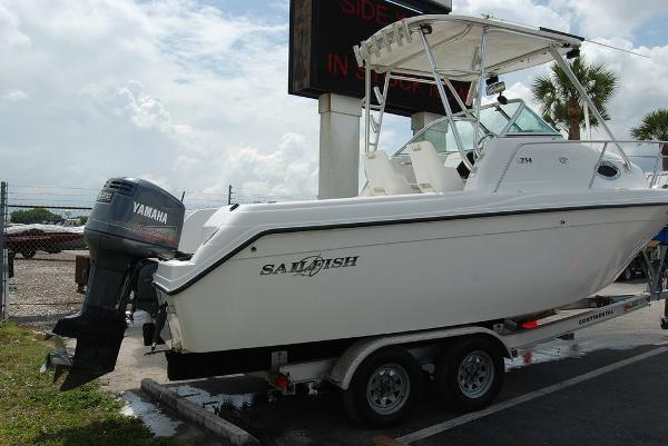 2004 Sailfish boat for sale, model of the boat is 234 & Image # 3 of 14