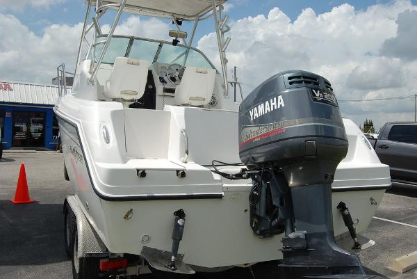 2004 Sailfish boat for sale, model of the boat is 234 & Image # 8 of 14
