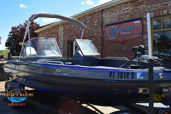 2017 Triton boat for sale, model of the boat is 206 Allure & Image # 2 of 46