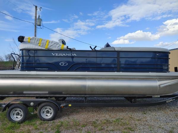 2021 Veranda boat for sale, model of the boat is VIST20RC Bi-Toon & Image # 1 of 10